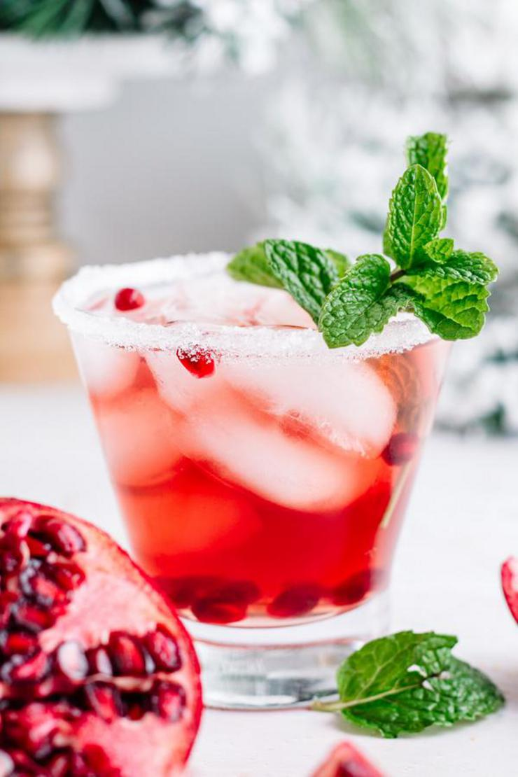 Alcohol Drinks Mistletoe Margarita