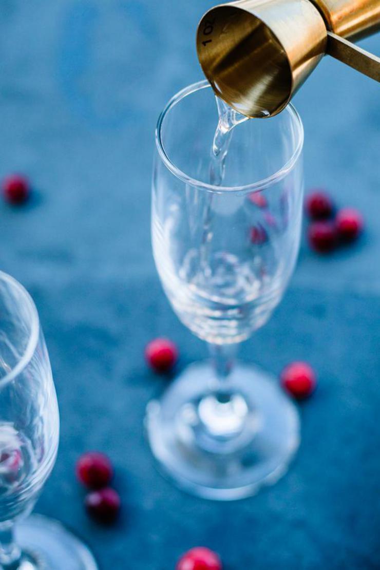 Alcohol Drinks Vanilla Cranberry Mimosa