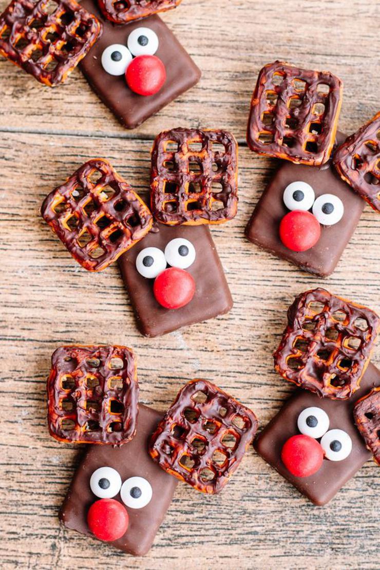 Christmas Cookies – BEST Reindeer Cookie Recipe – {Easy} Chocolate Cookies – Party Food - Desserts – Snacks