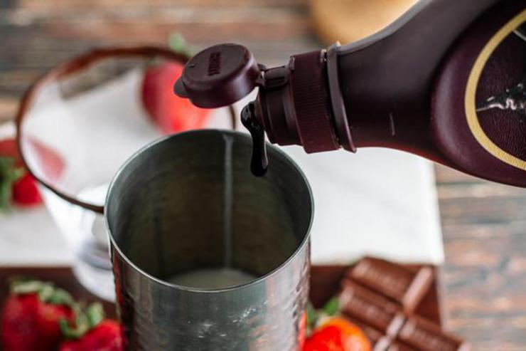 Alcohol Drinks Chocolate Covered Strawberry Martini