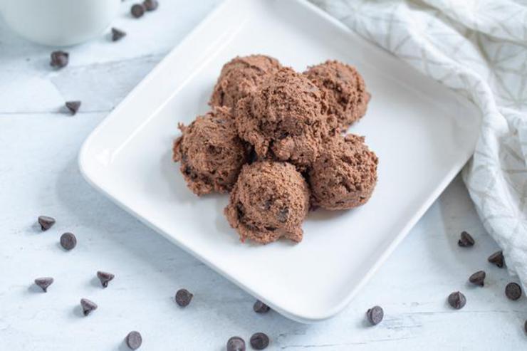 Keto Mint Brownie Batter Fat Bombs