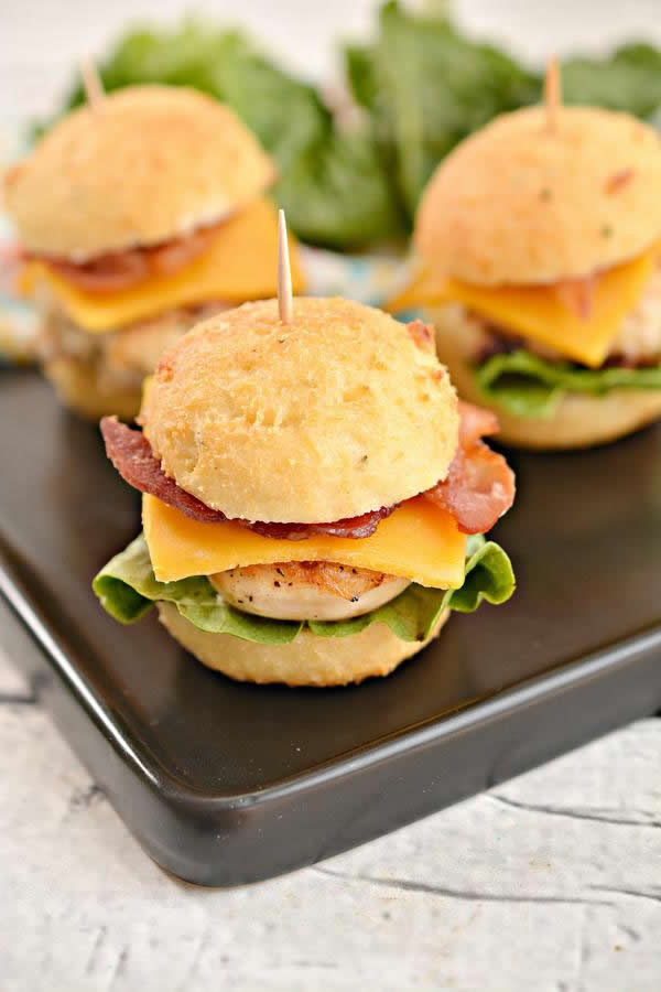 Mini Cheddar Bacon Ranch Chicken Sliders - Quick Dinner - Lunch - Appetizers