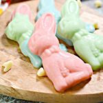 {Easy} Keto White Chocolate Easter Bunnies - Best Low Carb Easter Candy Recipe