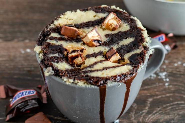 Snickers Mug Cake