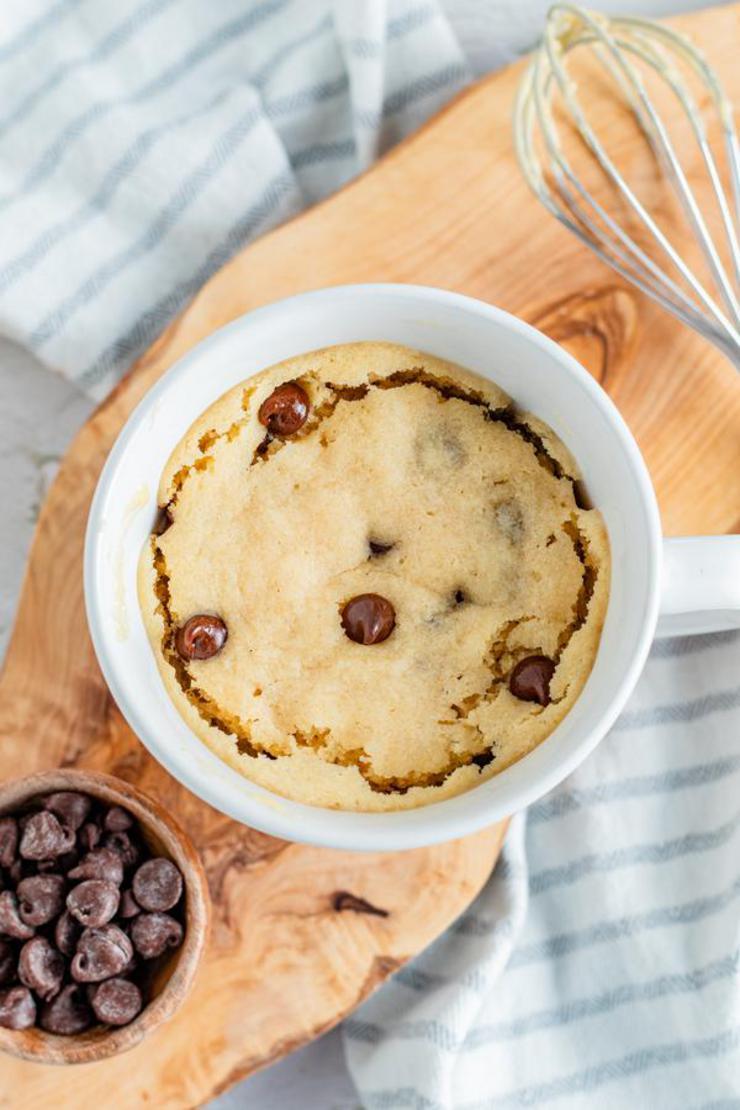 Peanut Butter Chocolate Chip Mug Cake