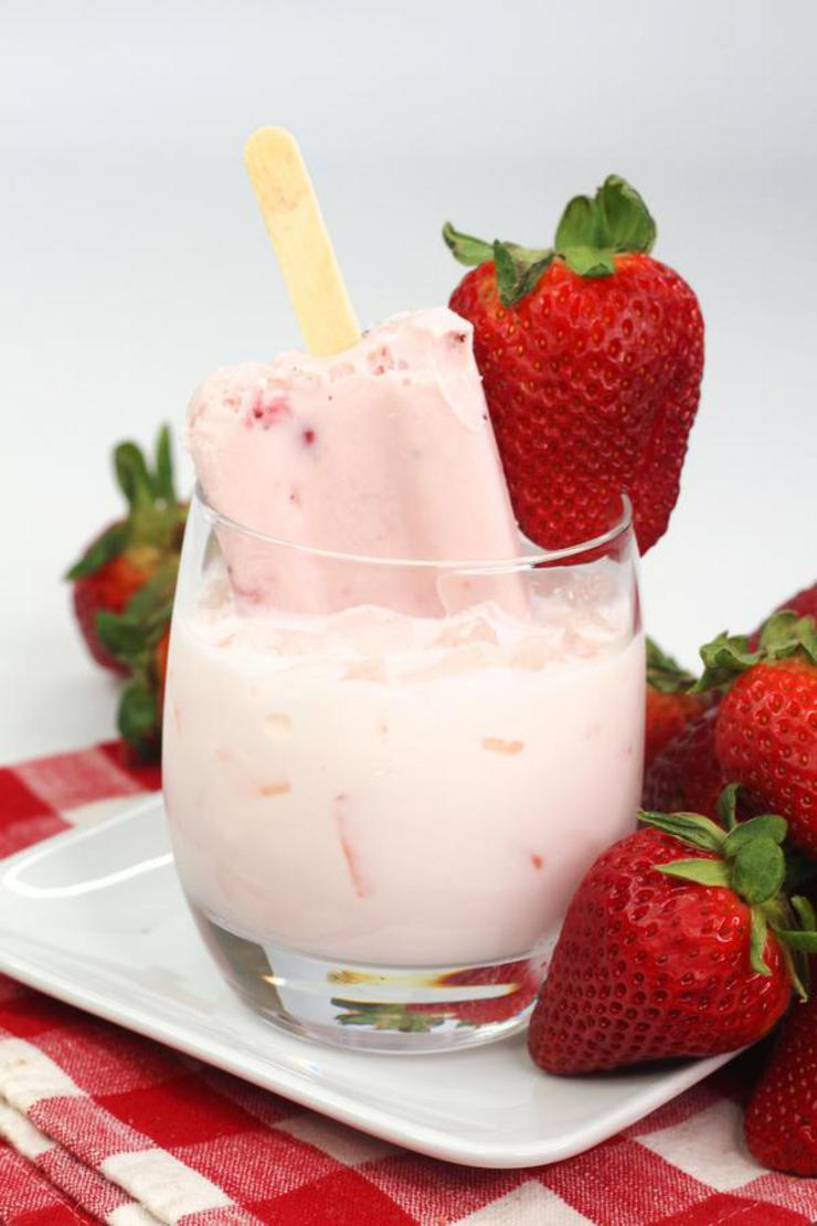Alcohol Drinks Strawberries And Cream Cocktail