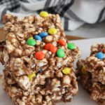 Chocolate Popcorn Bars! BEST Marshmallow Popcorn Bars Recipe – EASY No Bake Food Ideas – Kids Party Food – Snacks – Desserts