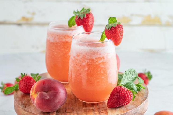 Alcohol Drinks Strawberry Peach Wine Slushie