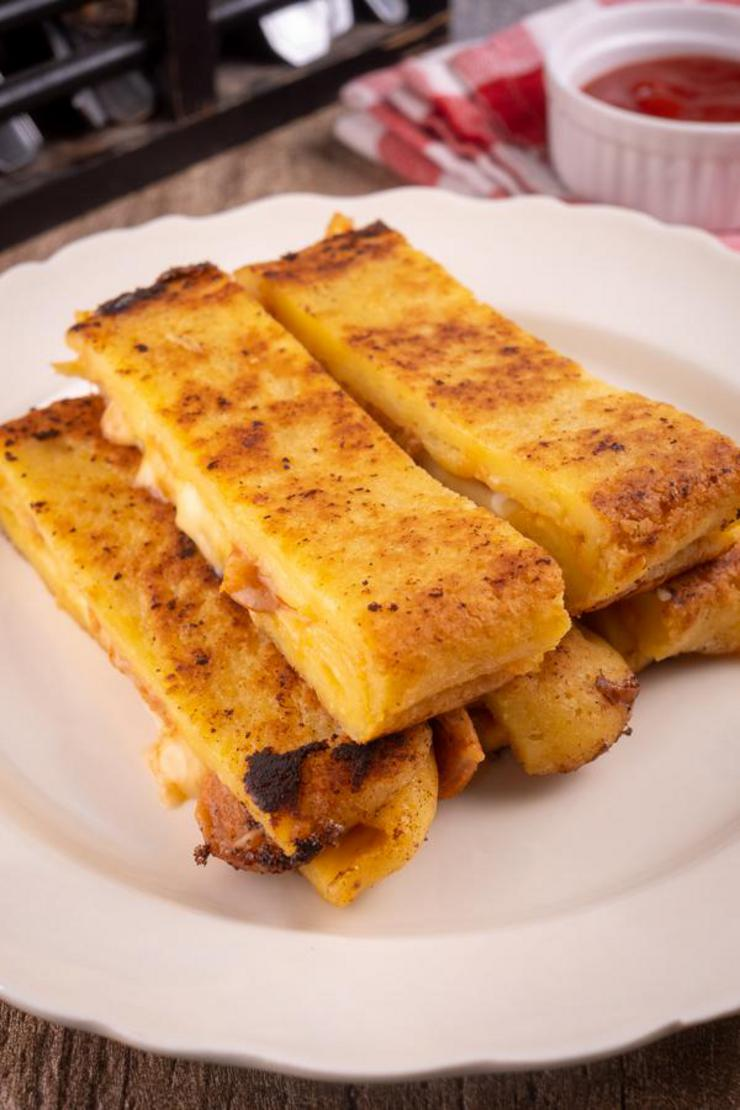 Keto Grilled Cheese Pizza Sticks