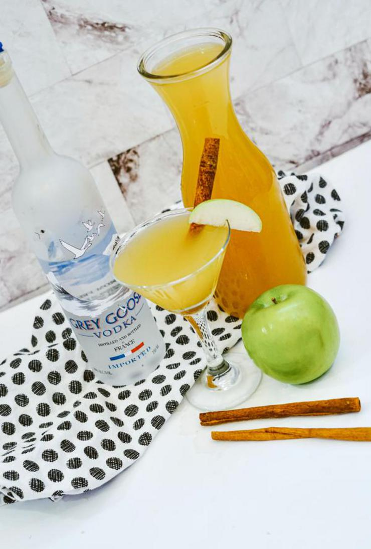 Alcohol Drinks Grey Goose Vodka Apple Martini