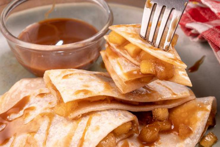 Apple Pie Quesadilla With Caramel Dipping Sauce