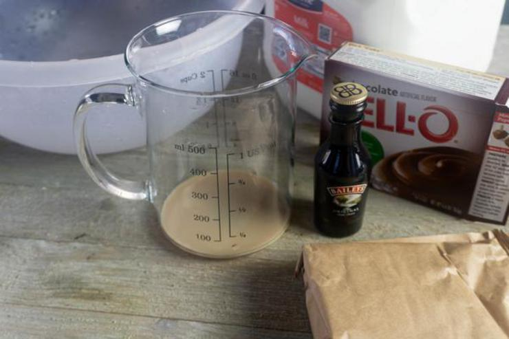 Party Food Baileys Pudding Shots